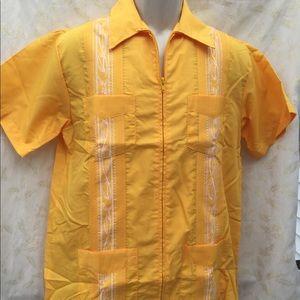NWOT Haband Guayabera size small zip-up embroidery